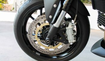 Triumph, Speed Triple 1050 full