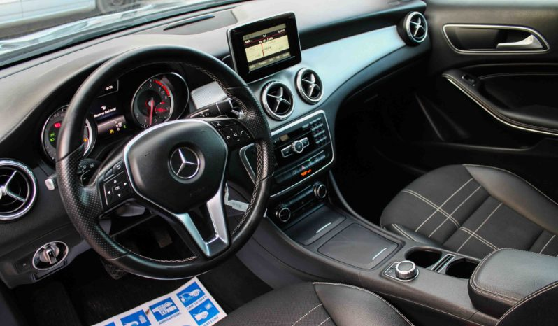 Mercedes-Benz, GLA 200, Urban, Automatic full